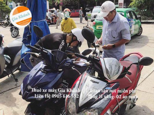 Thuê xe máy quận 12 giao xe miễn phí TPHCM