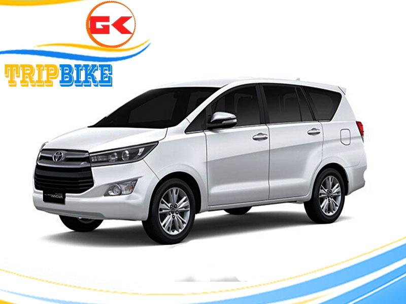 thuê xe tự lái Toyota Innova